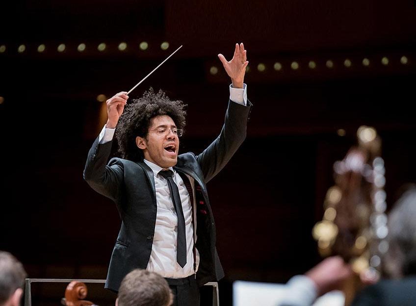 Dvořák's Masterful Symphony no. 7 Conducted by Rafael Payare